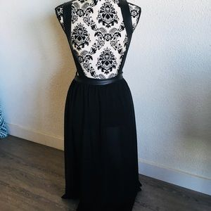 Dresses & Skirts - Maxi skirt with suspenders